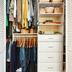 de-clutter your small spaces